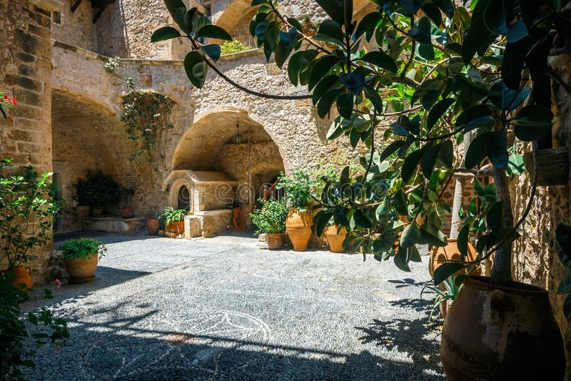 Iglesia del monasterio de Toplou, Creta fotos de archivo