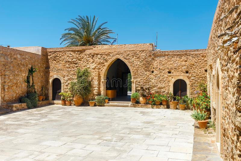 Iglesia del monasterio de Toplou, Creta imagen de archivo