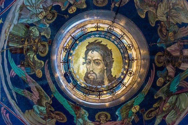 Iglesia del salvador en sangre derramada Mosaico en el lado interno imagen de archivo