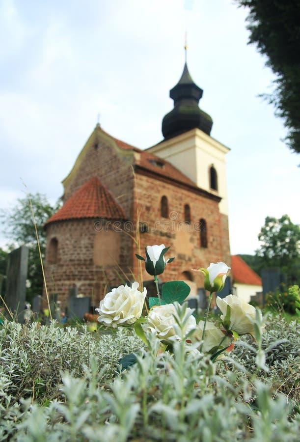 Iglesia del St Jakob Older cerca de Stribrna Skalice, República Checa foto de archivo
