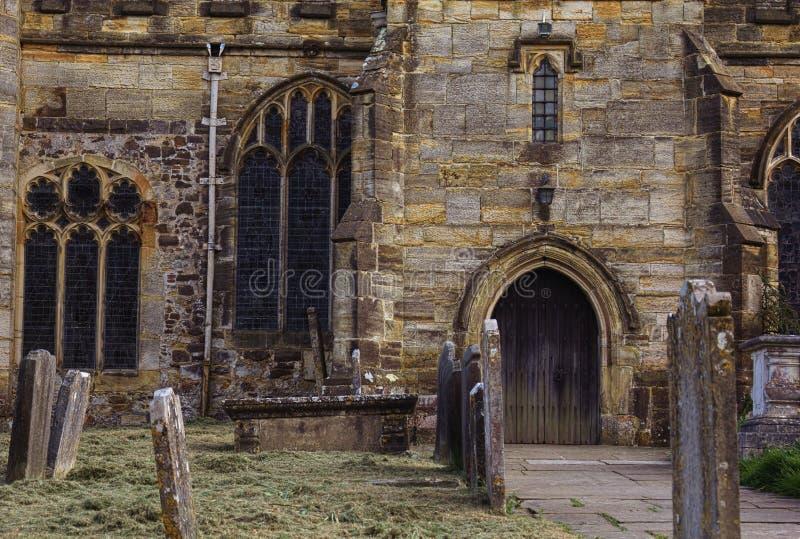 Iglesia del St Lorenza - Hawkhurst - V - fotos de archivo