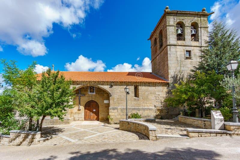Iglesia del vintage y torre bellfry imagen de archivo libre de regalías
