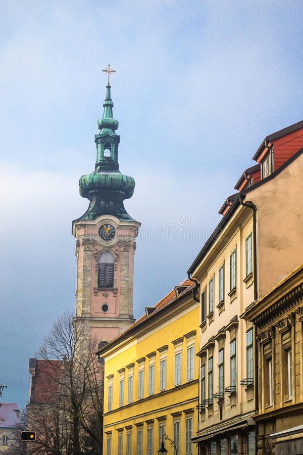 Iglesia en Austria, der Donau del au de Hainburg foto de archivo