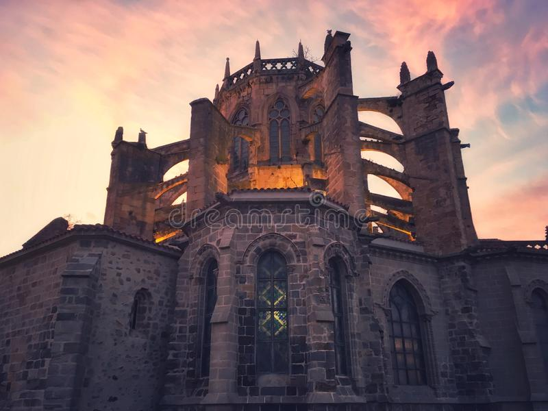 Iglesia en Castro Urdiales imagen de archivo