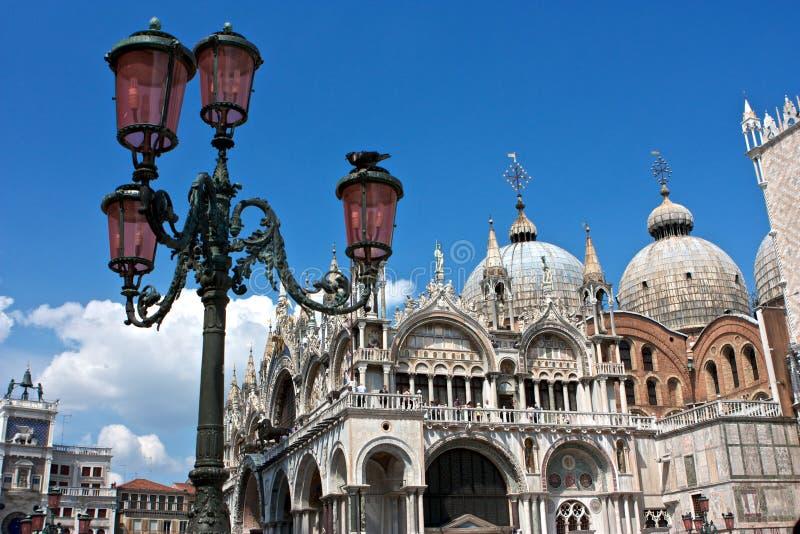 Iglesia en el cuadrado de san Marco en Venecia foto de archivo