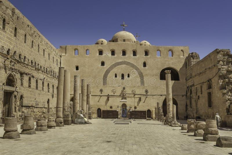 Iglesia en el monasterio blanco en Sohag, Egipto foto de archivo libre de regalías