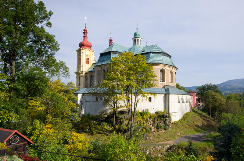 Iglesia en Hejnice, República Checa foto de archivo