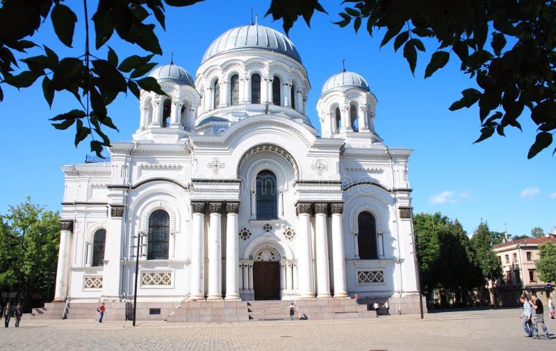 Iglesia en Kaunas imagenes de archivo