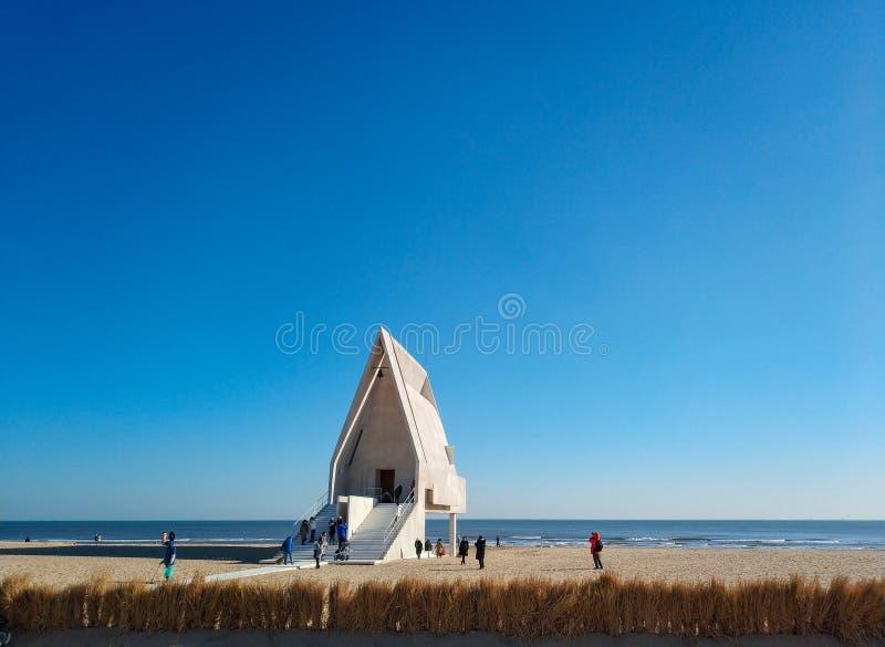 Iglesia en la costa costa de Beidaihe foto de archivo