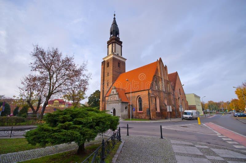 Iglesia en Olesnica, Polonia foto de archivo libre de regalías