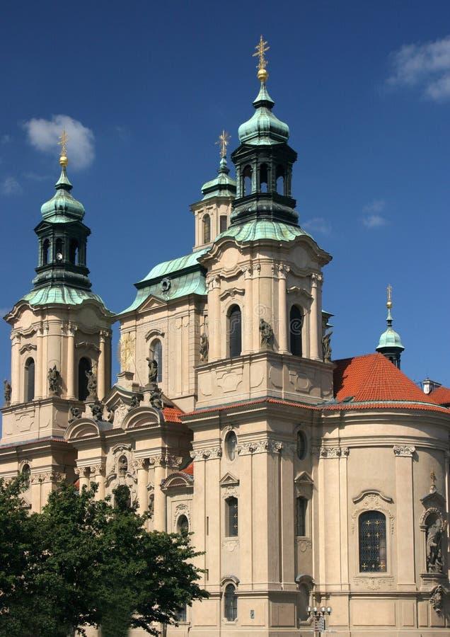 Iglesia en Praga imagenes de archivo