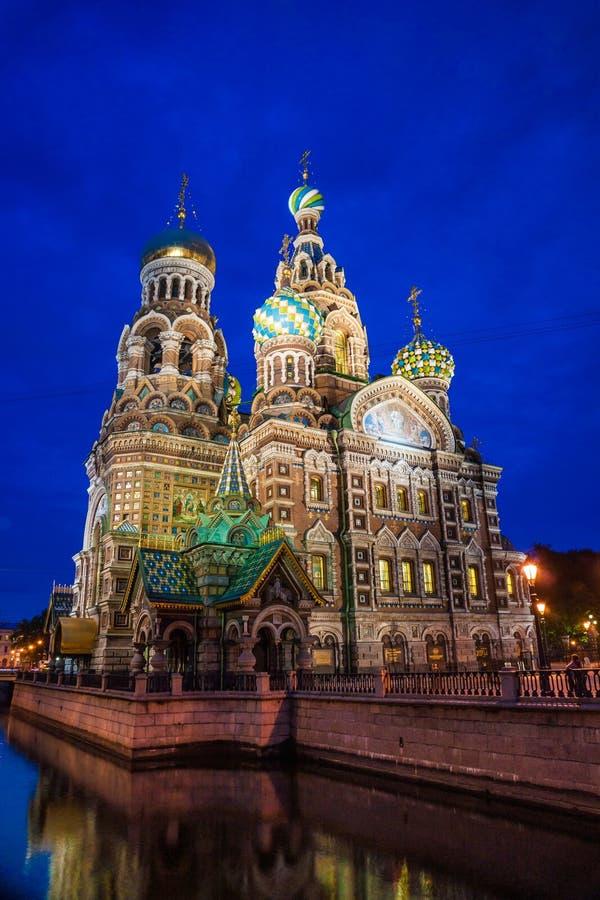 Iglesia en sangre derramada en St Petersburg fotografía de archivo