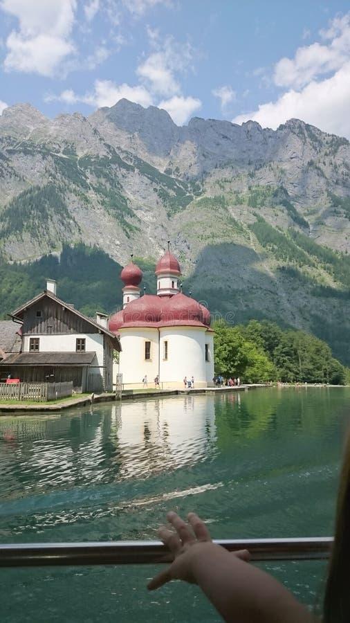Iglesia en Tegernsee imágenes de archivo libres de regalías