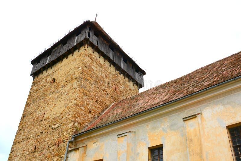 Iglesia evangélica sajona medieval fortificada en el pueblo Barcut, Bekokten, Brekolten, Transilvania, Rumania fotos de archivo libres de regalías