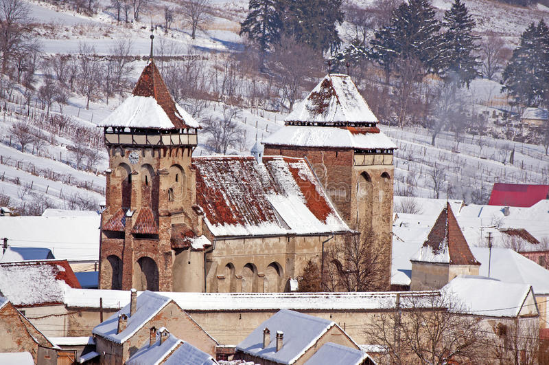 Iglesia fortificada en Transilvania Rumania foto de archivo