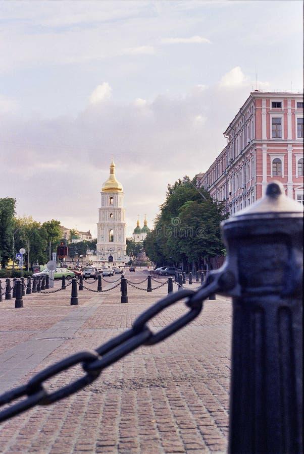 Iglesia hermosa en el centro de Kiev del capital imagen de archivo libre de regalías