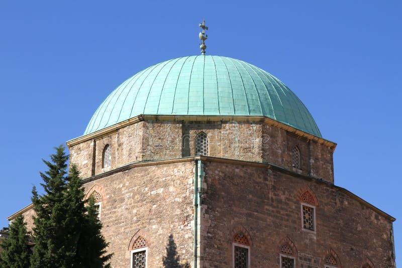 Iglesia histórica en Pecs fotografía de archivo