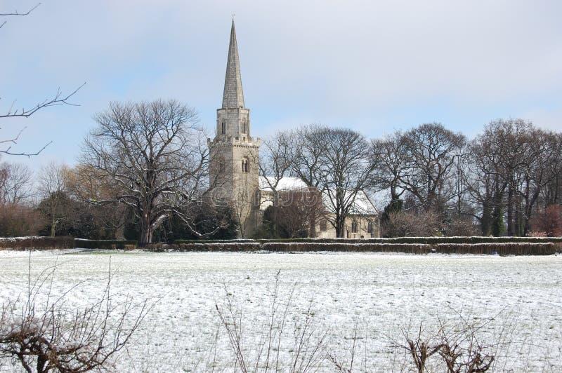 Iglesia inglesa en invierno fotos de archivo