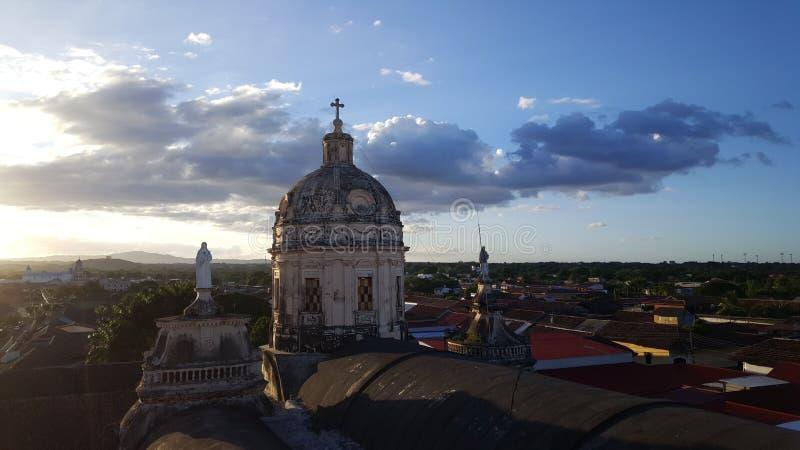 从Iglesia La默塞德的日落视图 库存图片