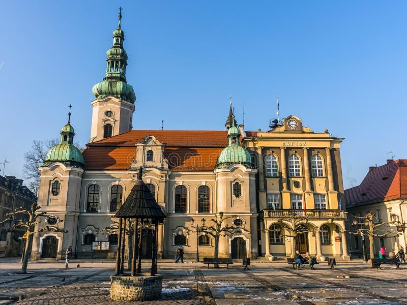 Iglesia luterana y ayuntamiento foto de archivo