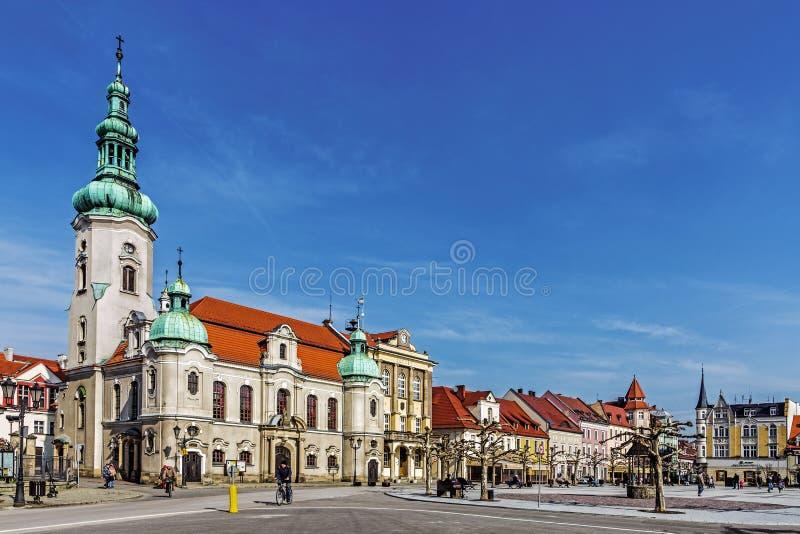 Iglesia luterana y ayuntamiento fotos de archivo libres de regalías