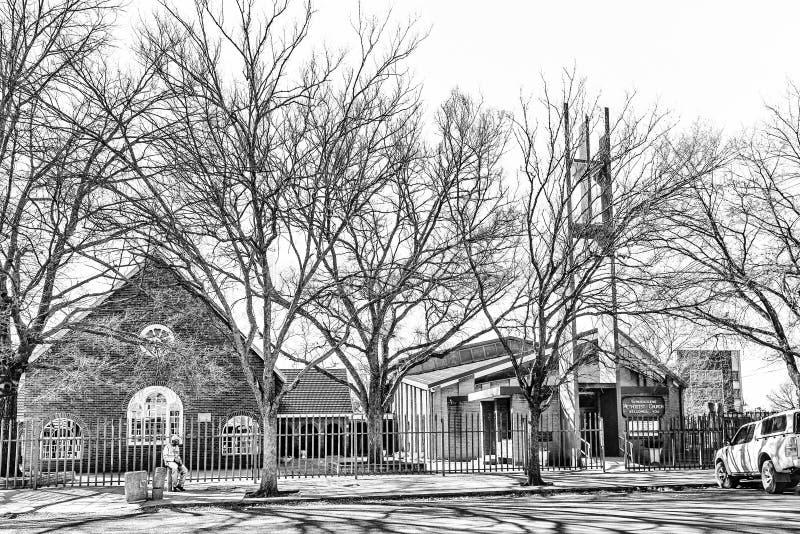 Iglesia metodista en Vereeniging en Gauteng Province monocromático fotos de archivo