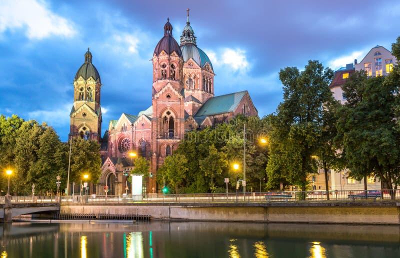 Iglesia Munich del rosa del St Lukas fotos de archivo