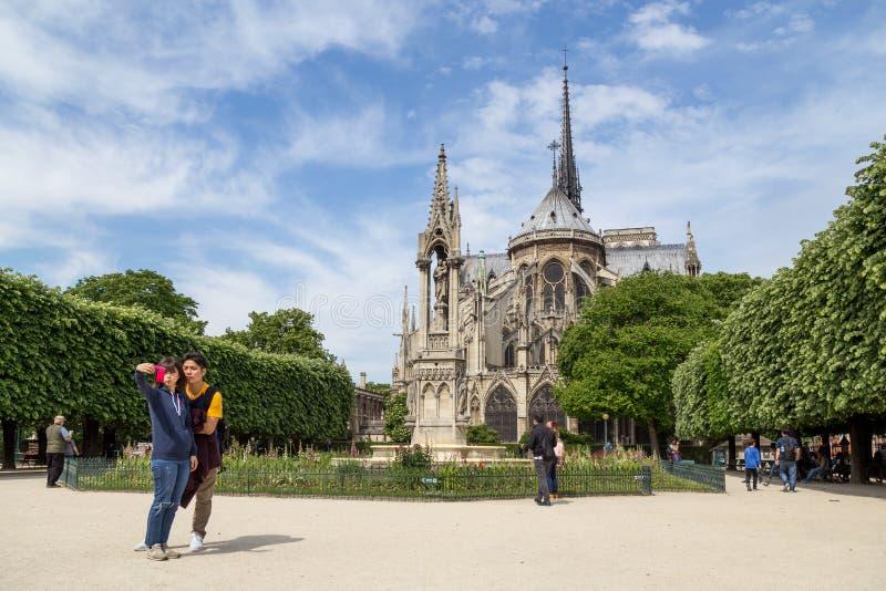 Iglesia Notre Dame en París fotografía de archivo