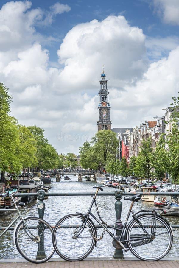 Iglesia occidental en Amsterdam, Países Bajos imagen de archivo