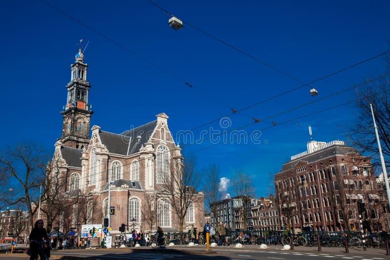 Iglesia occidental protestante holandesa situada en el distrito central viejo en Amsterdam imagen de archivo