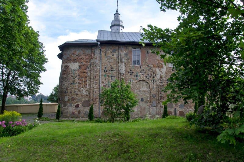 iglesia ortodoxa antigua de Boris y de Gleb en la ciudad de Grodno la República de Belarús fotografía de archivo