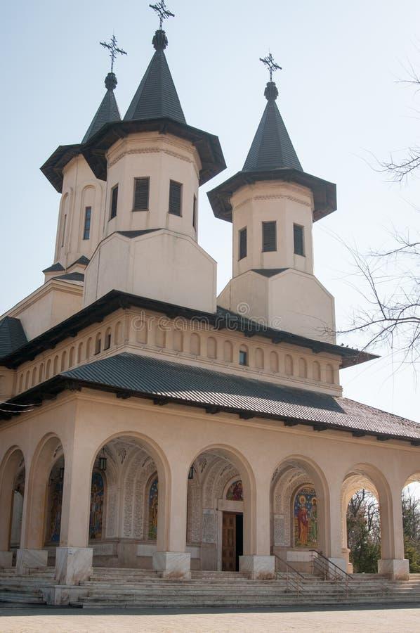 Iglesia ortodoxa imponente imagen de archivo
