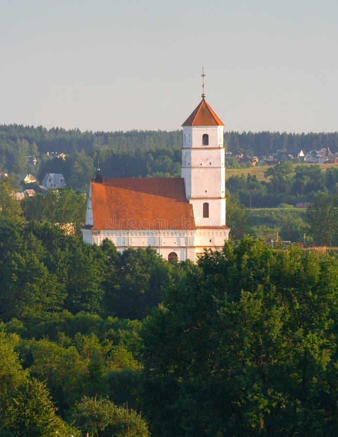 Iglesia ortodoxa vieja en Bielorrusia (Zaslaue) foto de archivo