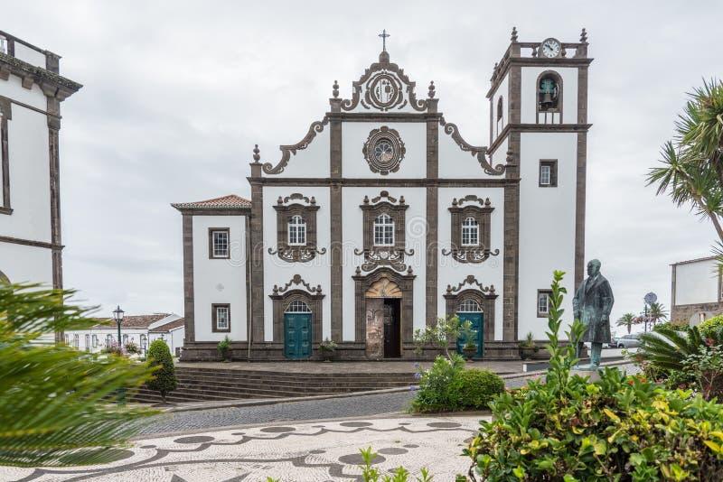 Iglesia principal de Nordeste en la isla del sao Miguel en las Azores, Portugal imágenes de archivo libres de regalías