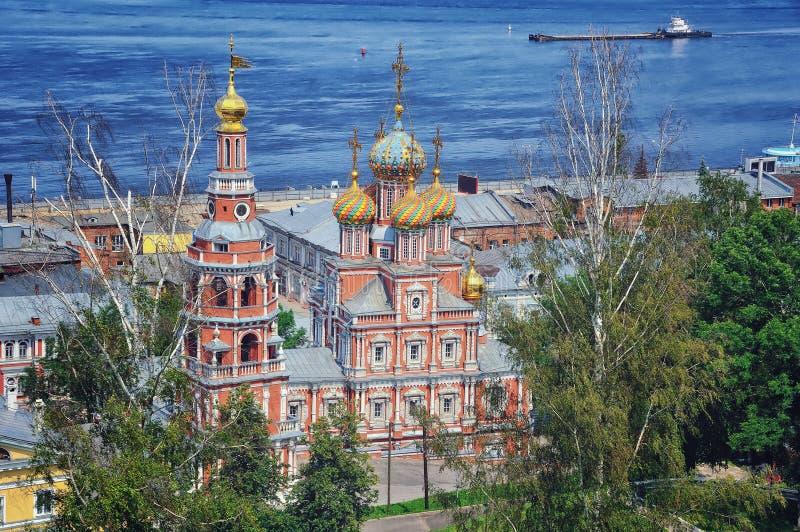 Iglesia rusa en verano imágenes de archivo libres de regalías