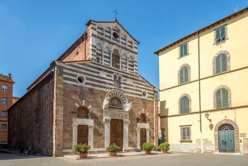 Iglesia San Giusto en Lucca fotografía de archivo libre de regalías