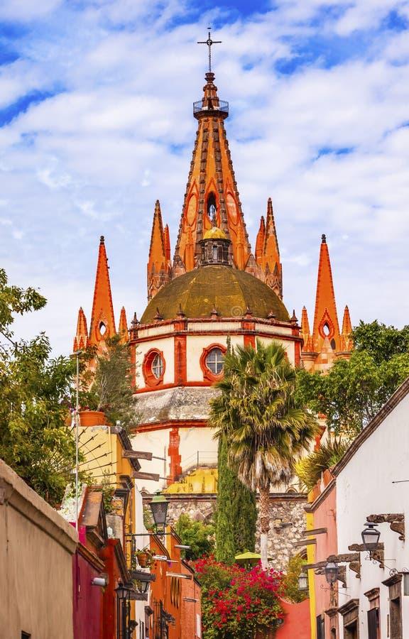Iglesia San Miguel de Allende Mexico del arcángel de Parroquia de la calle de Aldama foto de archivo libre de regalías