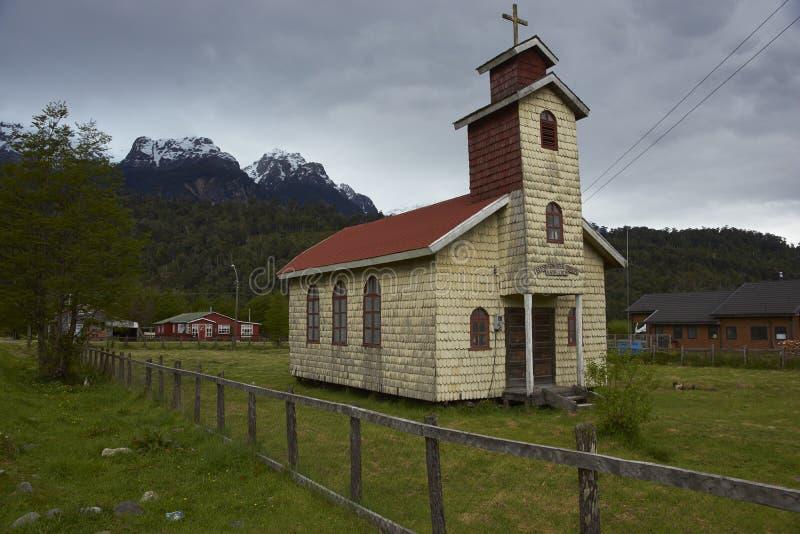 Iglesia tradicional en el Carretera austral en la Patagonia, Chile fotos de archivo libres de regalías