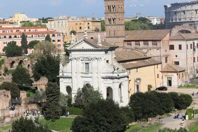 Iglesia vieja en Roma imagenes de archivo