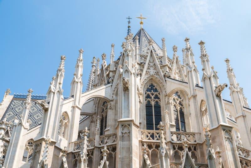 Iglesia votiva (Votivkirche) en Viena fotografía de archivo