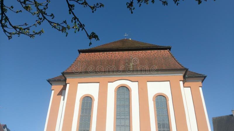 Iglesia y cielo foto de archivo