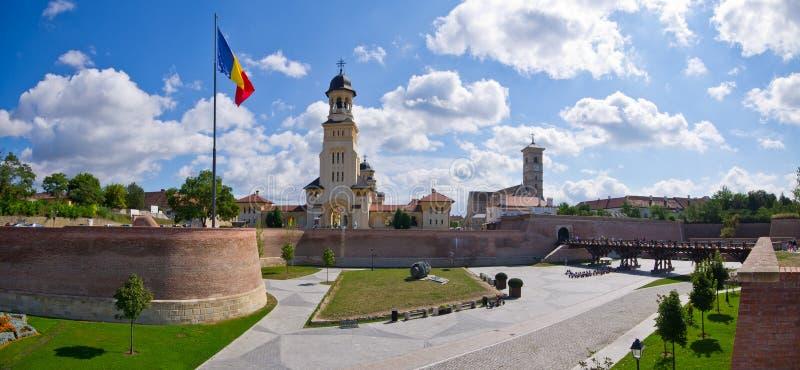 Iglesias de Alba Iulia, Rumania foto de archivo