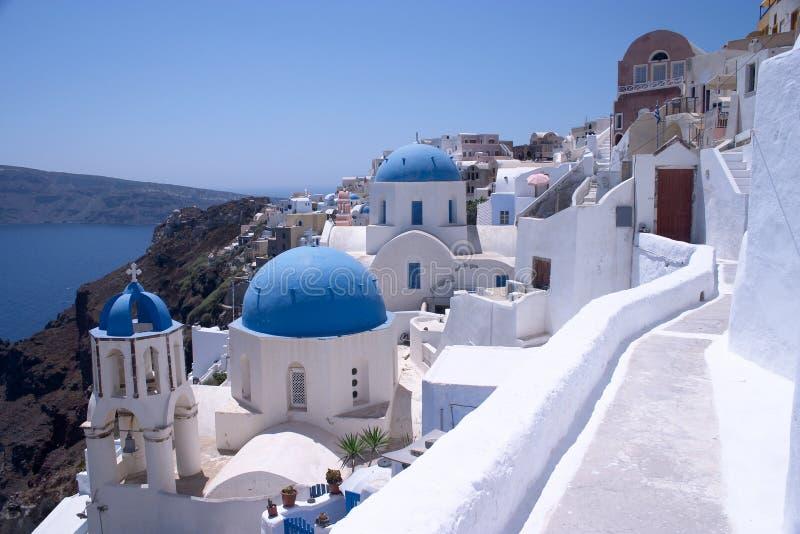 Iglesias en Oia, Santorini imagenes de archivo