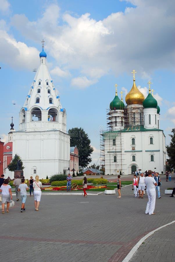 Iglesias ortodoxas viejas Kremlin en Kolomna, Rusia foto de archivo libre de regalías