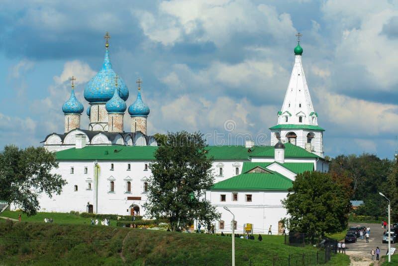 Iglesias viejas hermosas de Rostov Arquitectura religiosa de Rusia imágenes de archivo libres de regalías