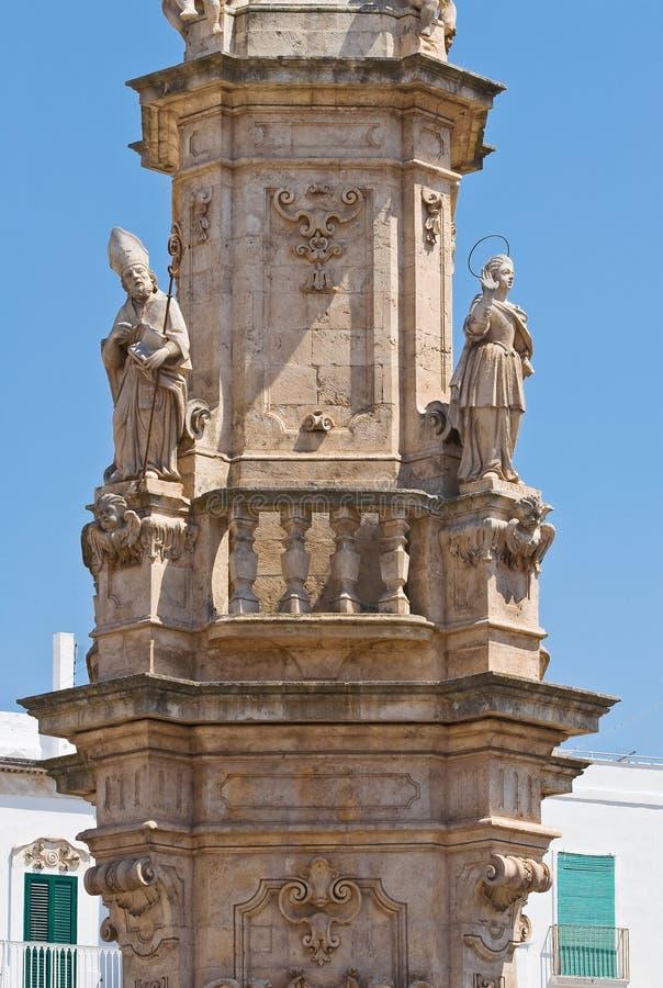 Iglica St. Oronzo. Ostuni. Puglia. Włochy. zdjęcie royalty free
