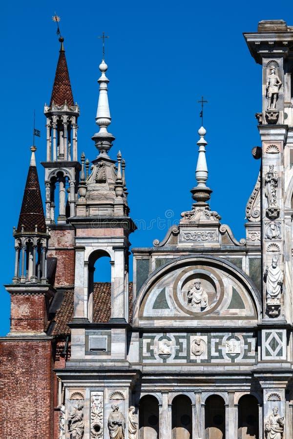 Iglicy Certosa di Pavia monaster, Włochy obrazy stock