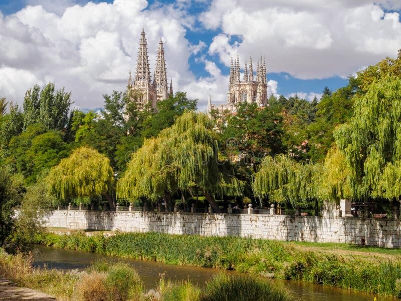 Iglicy katedra - Burgos zdjęcie stock