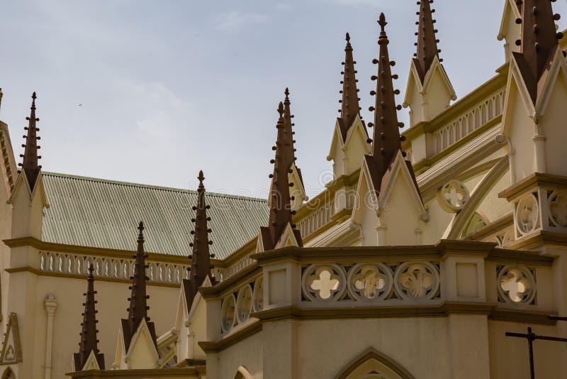 Iglicy na Świętym Przecinającym Katedralnym Lagos Nigeria fotografia royalty free