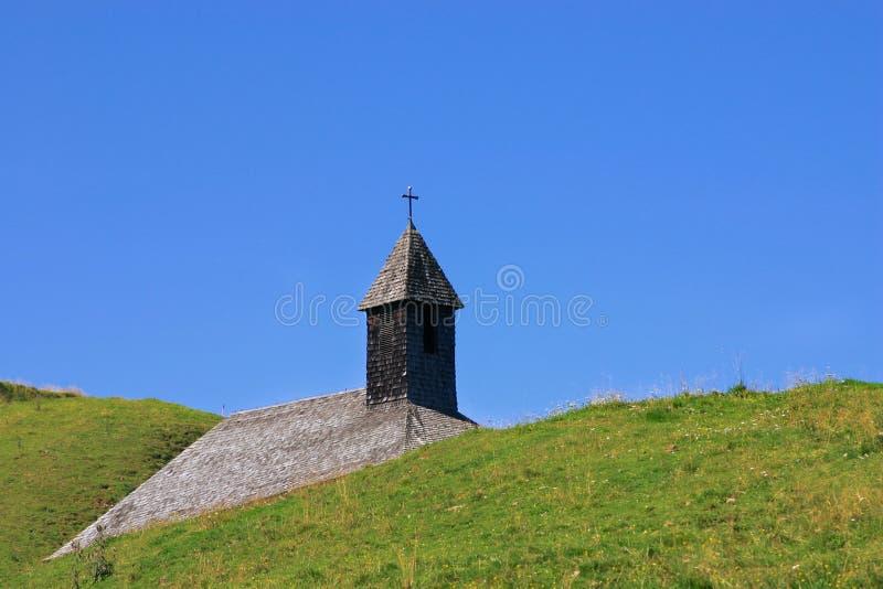 Download Igreja foto de stock. Imagem de steeple, azul, céu, religioso - 58792